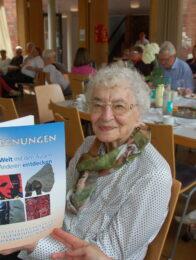 Unermüdlich für Menschenrechte und Toleranz -     Ruth Weiss an ihrem 97sten Geburtstag
